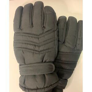 Thinsulate thermal-lined water-proof winter gloves